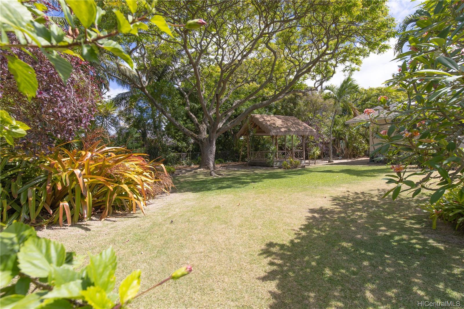 155  Kuupua Street Kuulei Tract, Kailua home - photo 23 of 25