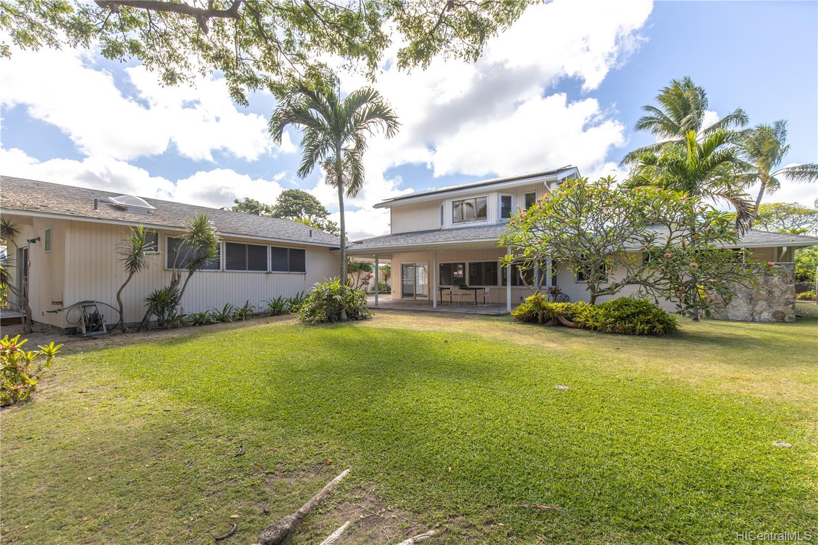155  Kuupua Street Kuulei Tract, Kailua home - photo 4 of 25
