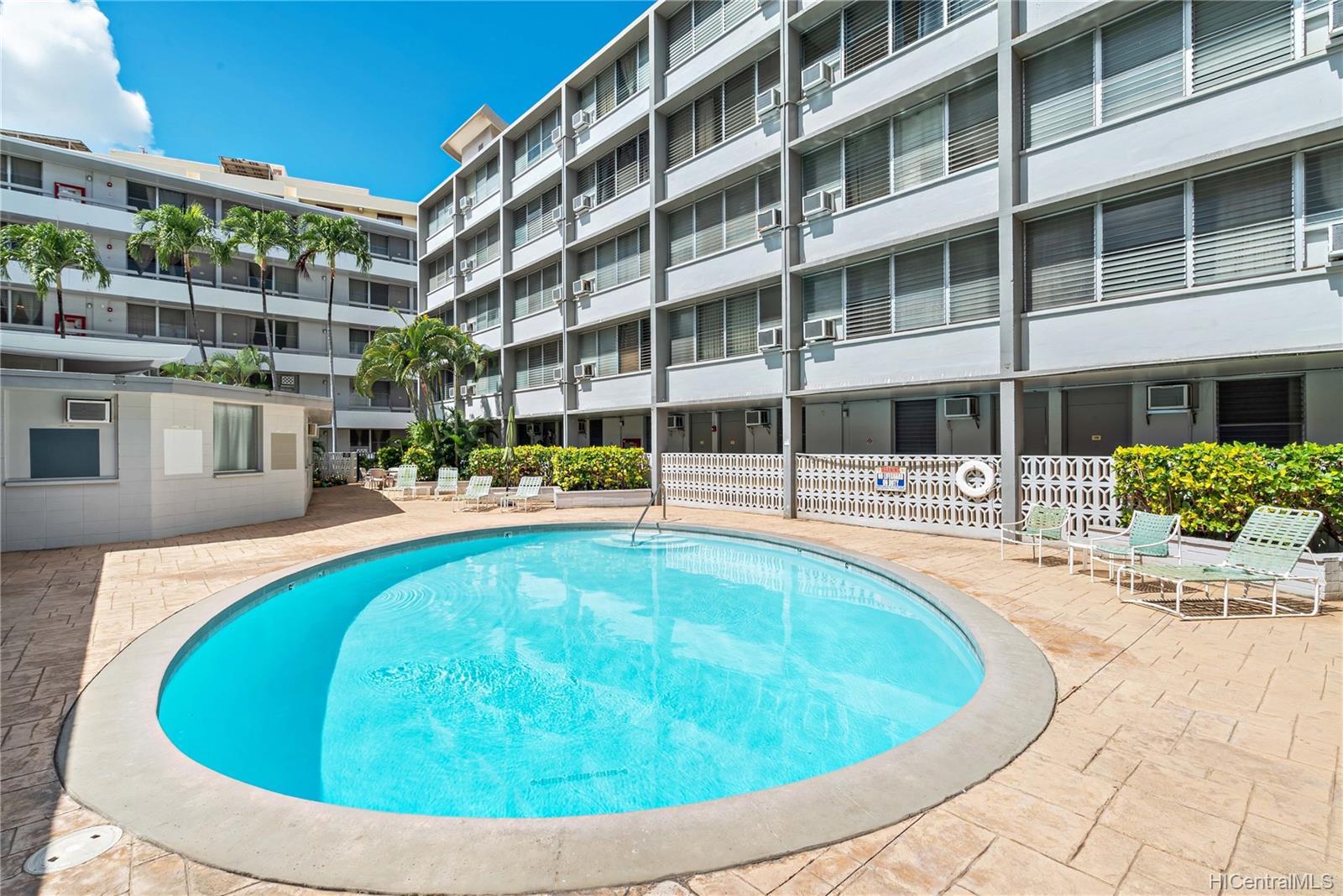 Rycroft Terrace condo # 515, Honolulu, Hawaii - photo 9 of 10