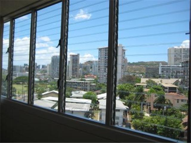 Punahou Gardens Apts condo # A703, Honolulu, Hawaii - photo 2 of 16