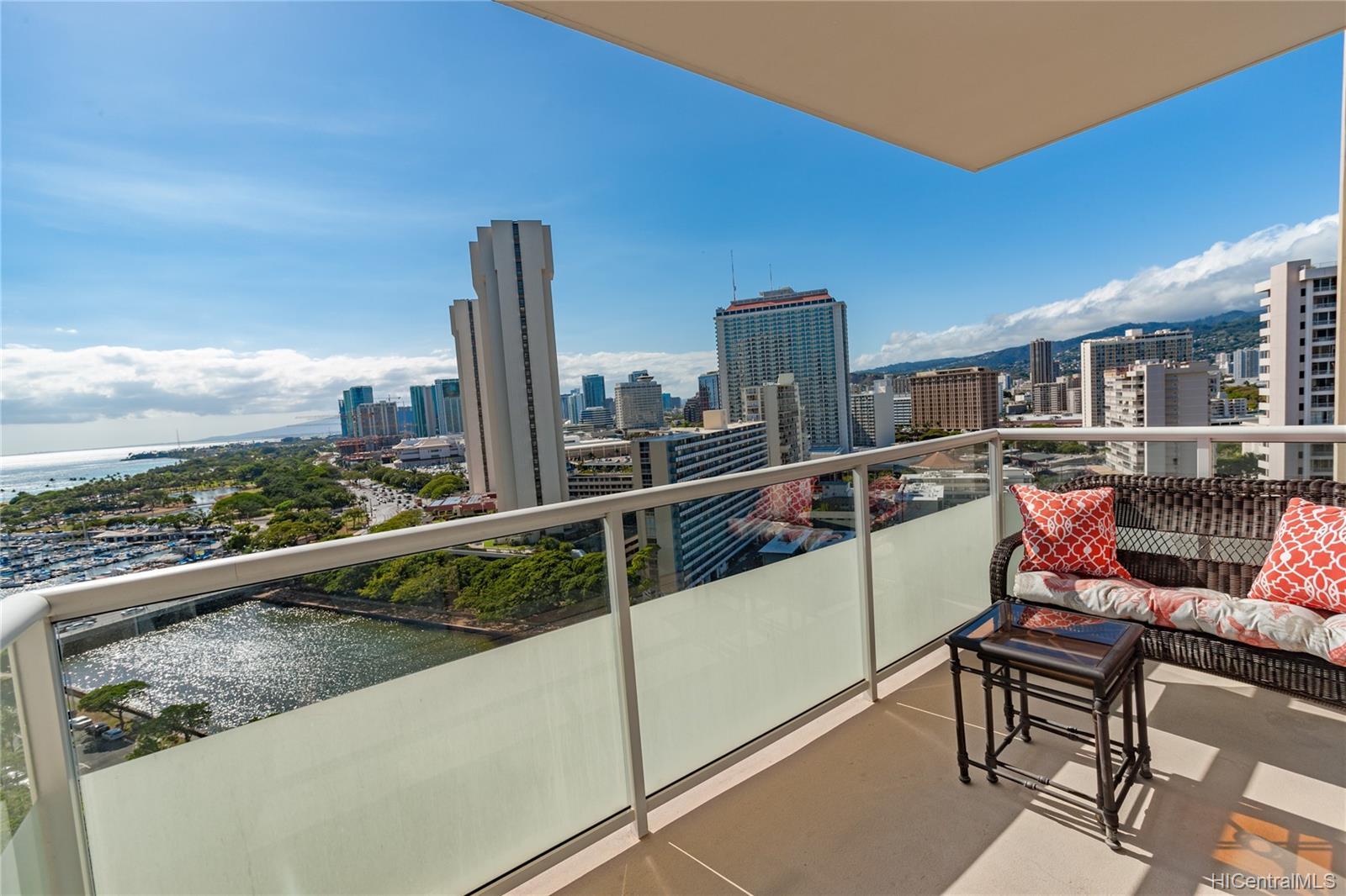 1551 Ala Wai Blvd Honolulu - Rental - photo 7 of 8