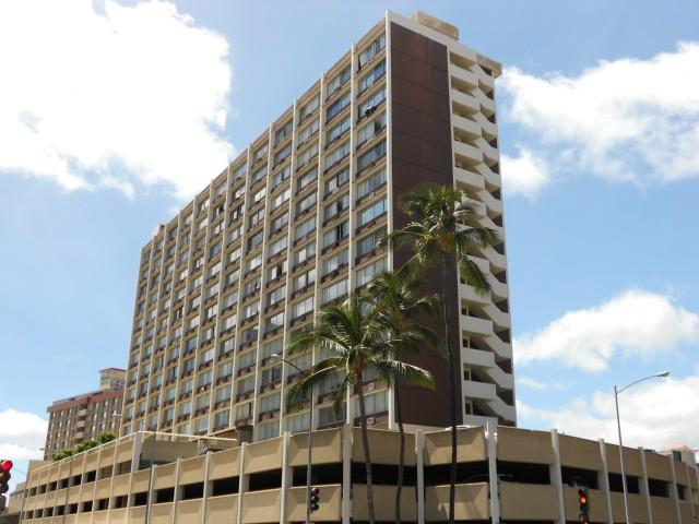 Kapiolani Terrace condo #406, Honolulu, Hawaii - photo 1 of 10