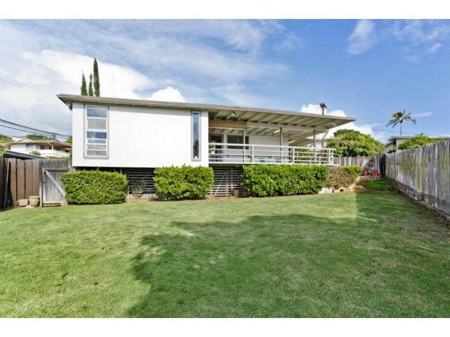 1561  Halekoa Dr Waialae Nui Rdge, Diamond Head home - photo 13 of 16
