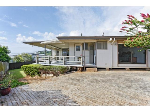 1561  Halekoa Dr Waialae Nui Rdge, Diamond Head home - photo 3 of 16