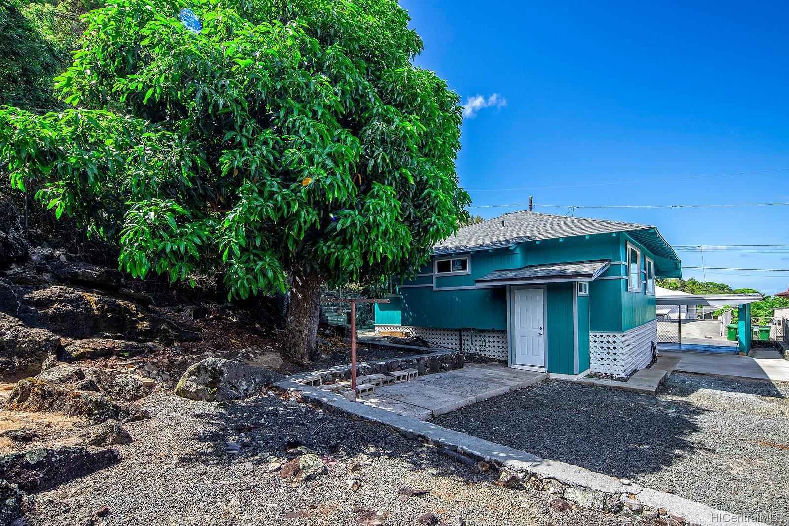 1562  Lehua Street Kalihi-upper, Honolulu home - photo 11 of 15