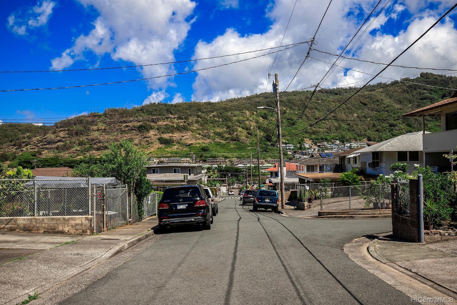 1562  Lehua Street Kalihi-upper, Honolulu home - photo 14 of 15