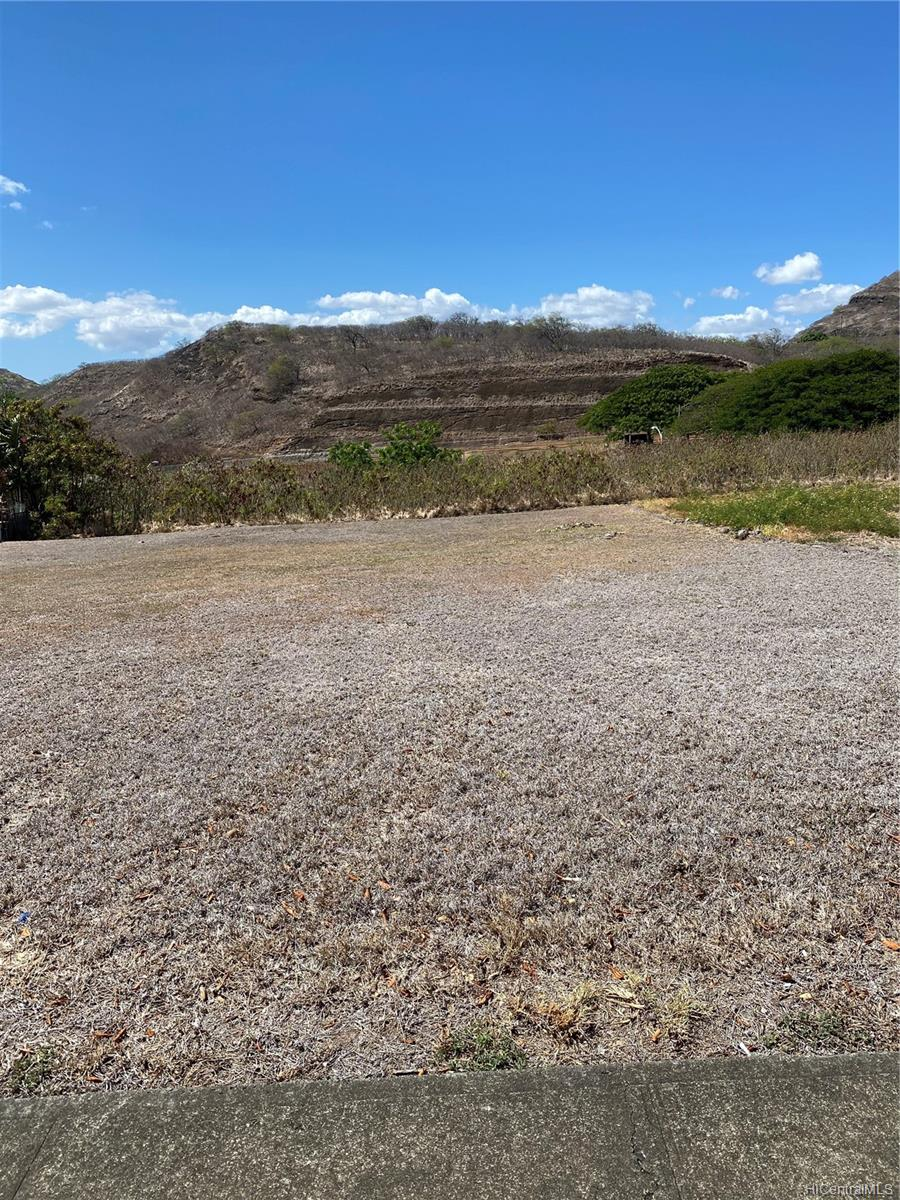 1600 Ala Hahanui Street  Honolulu, Hi 96818 vacant land - photo 2 of 4