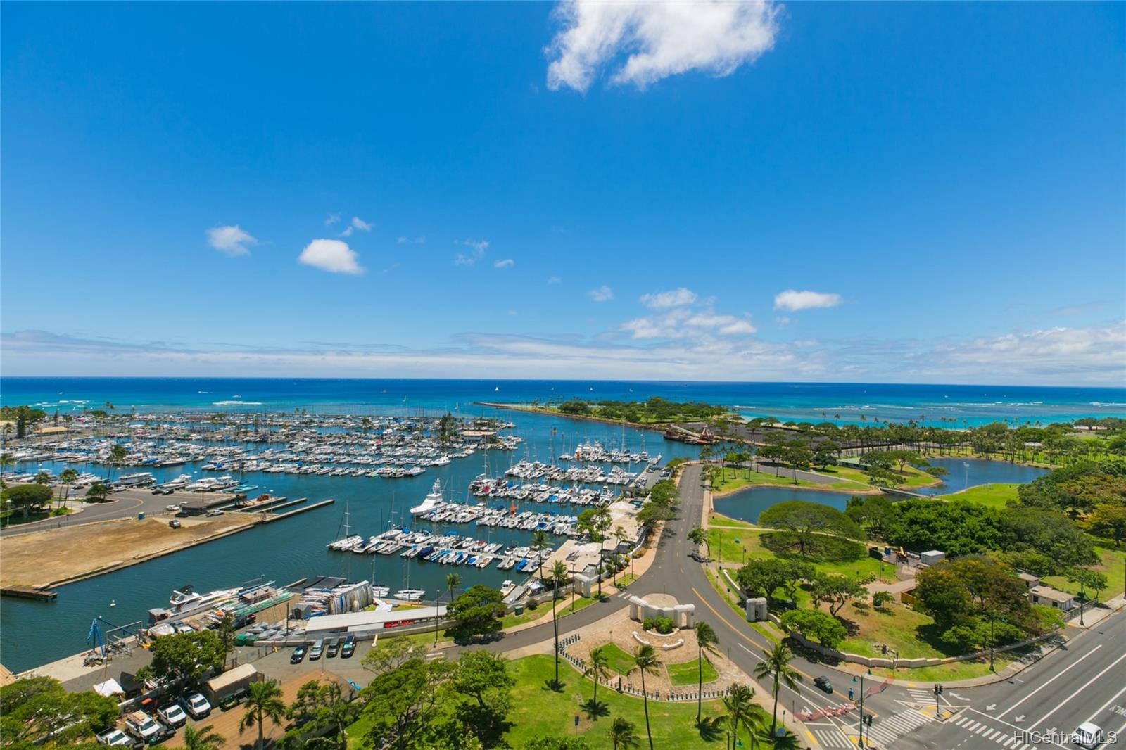 Yacht Harbor Towers condo # 2106, Honolulu, Hawaii - photo 12 of 24