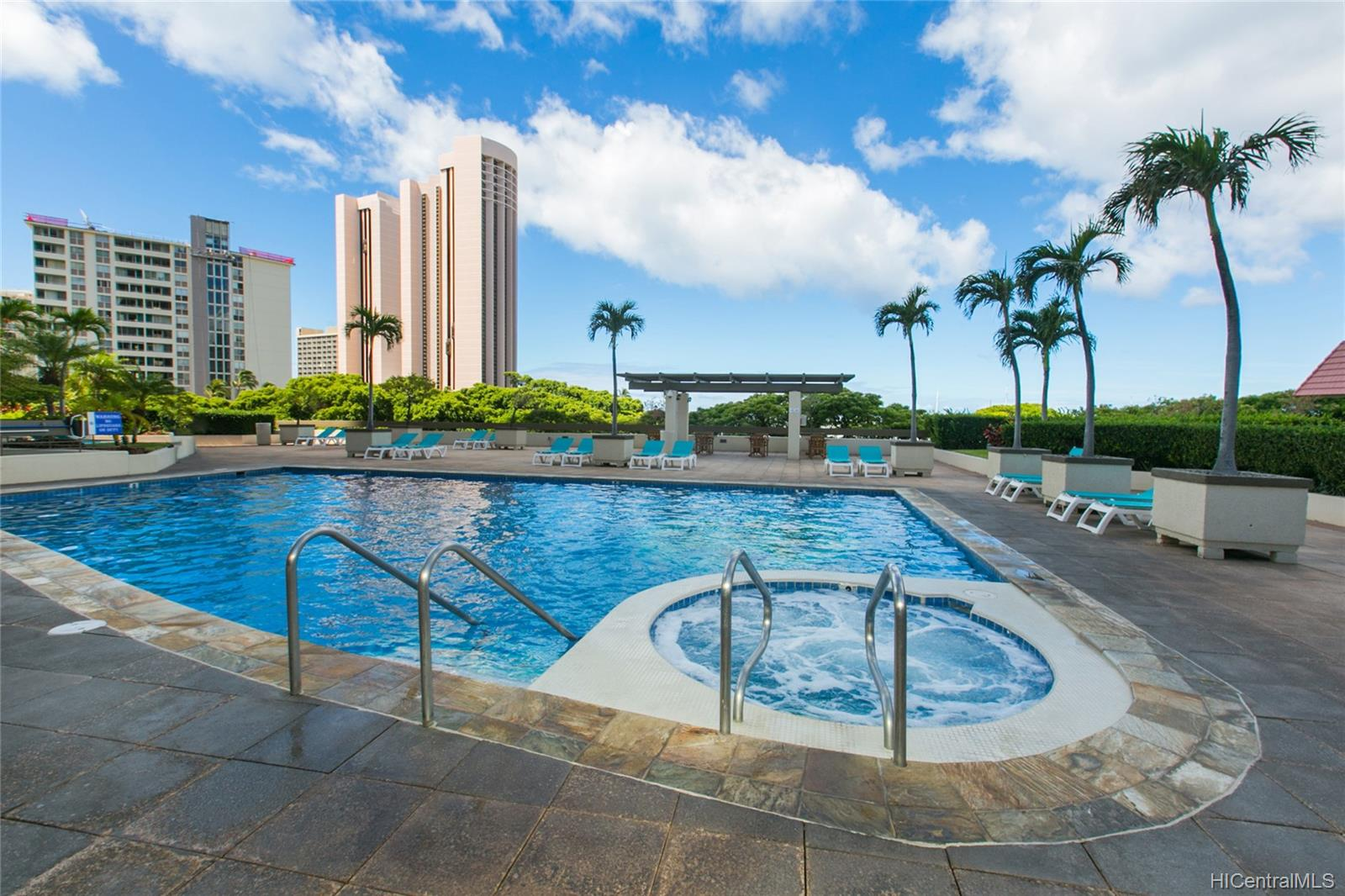 Yacht Harbor Towers condo # 2106, Honolulu, Hawaii - photo 20 of 24