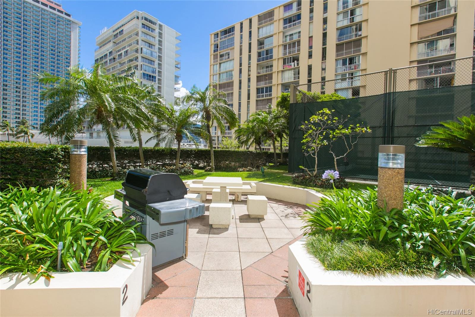 Yacht Harbor Towers condo # 2106, Honolulu, Hawaii - photo 23 of 24