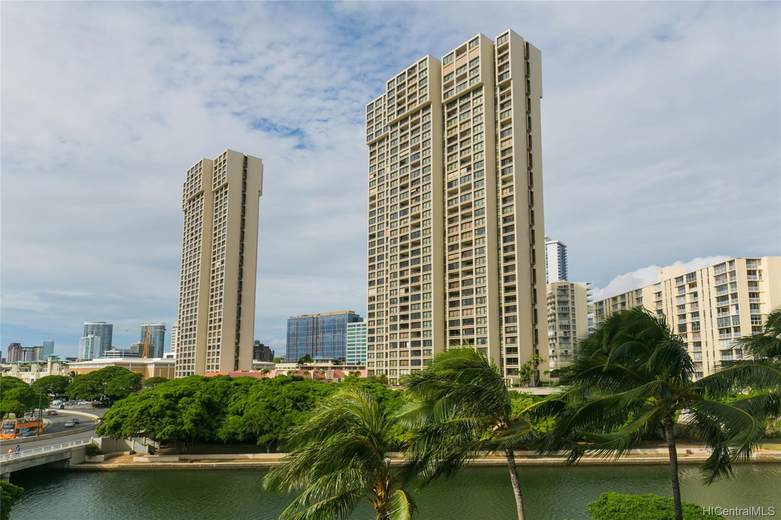 Yacht Harbor Towers condo # 2106, Honolulu, Hawaii - photo 24 of 24
