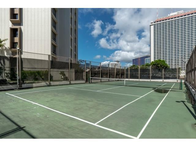 Yacht Harbor Towers condo # 404, Honolulu, Hawaii - photo 17 of 19