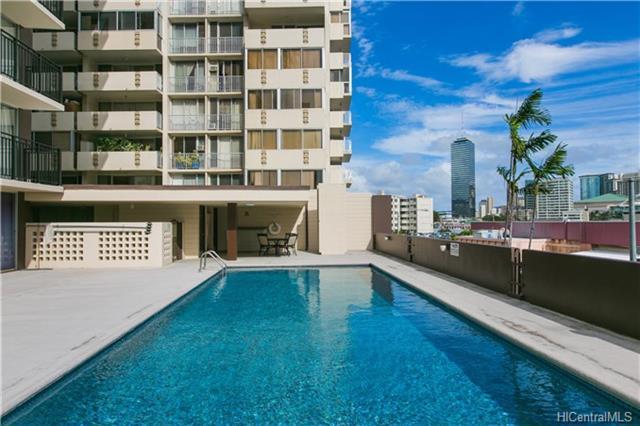 Kapiolani Towers condo #903, Honolulu, Hawaii - photo 1 of 19