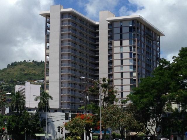 Makiki Towers condo #1401, Honolulu, Hawaii - photo 1 of 25
