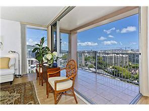 Makiki Towers condo #1608, Honolulu, Hawaii - photo 1 of 15