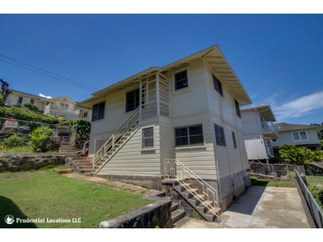 1618 Kealia Dr Kam Heights, Honolulu home - photo 1 of 16
