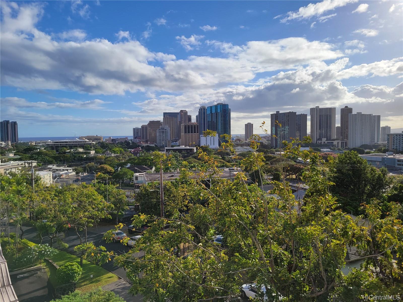Aleo Hale condo # 401, Honolulu, Hawaii - photo 4 of 25