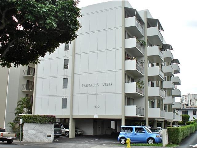 Tantalus Vista Apts condo #404, Honolulu, Hawaii - photo 1 of 16