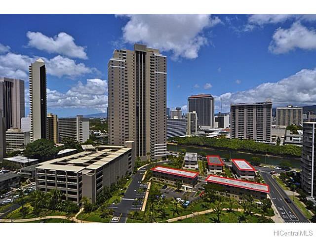 Marina Gardens condo # 103, Honolulu, Hawaii - photo 21 of 22