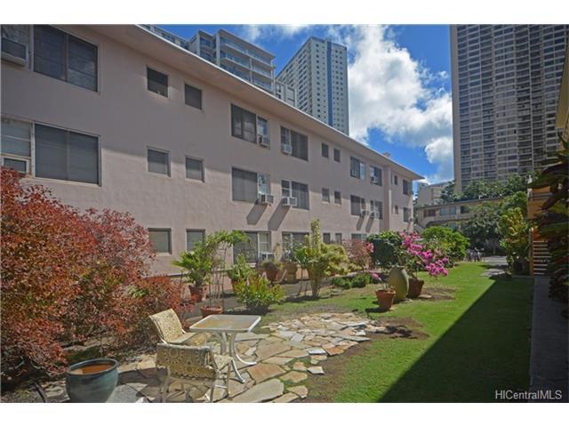 Marina Gardens condo # 204, Honolulu, Hawaii - photo 5 of 17