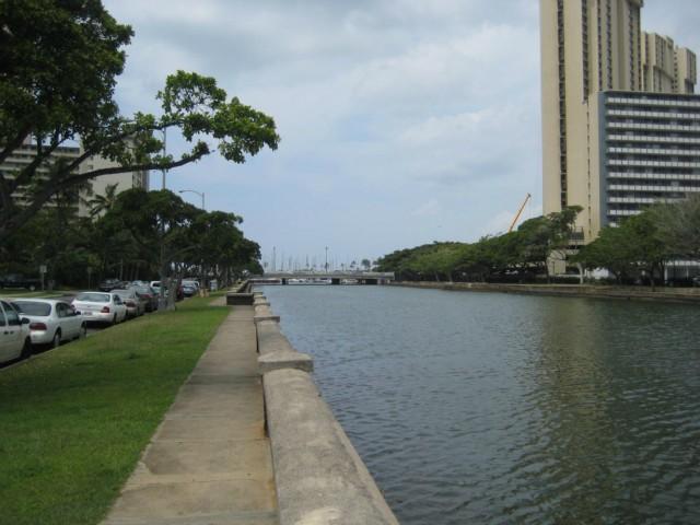 Marina Gardens condo # 105, Honolulu, Hawaii - photo 1 of 7