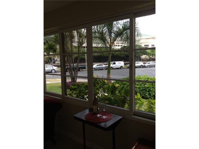 Marina Gardens condo # 105, Honolulu, Hawaii - photo 5 of 7