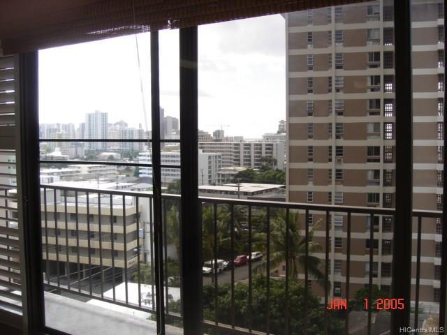 Camelot condo # 806, Honolulu, Hawaii - photo 8 of 10