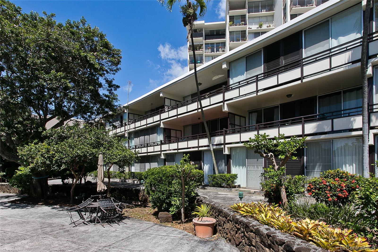 Punahou Terrace condo # A304, Honolulu, Hawaii - photo 16 of 17