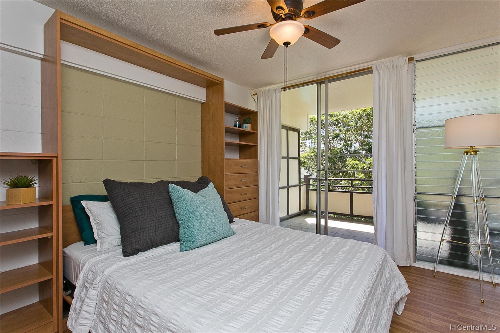 Punahou Terrace condo # A304, Honolulu, Hawaii - photo 10 of 17