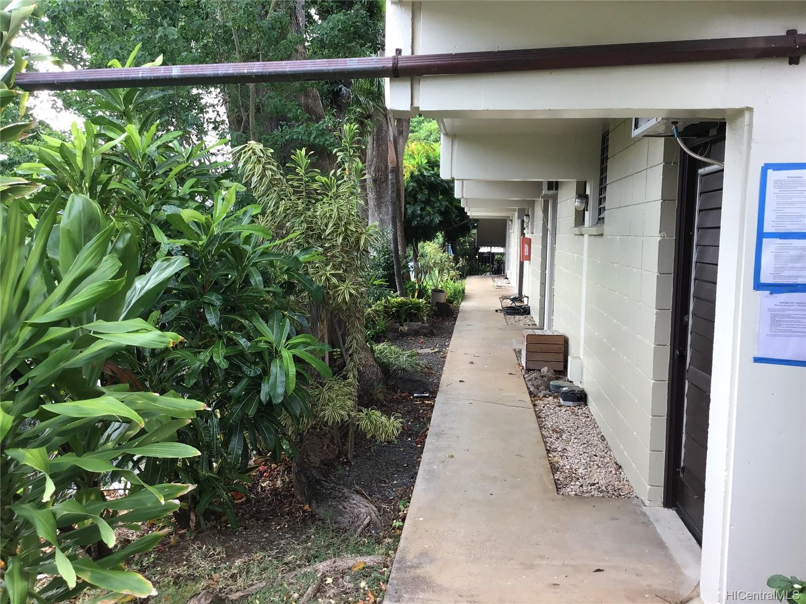 Punahou Terrace condo # C104, Honolulu, Hawaii - photo 4 of 8
