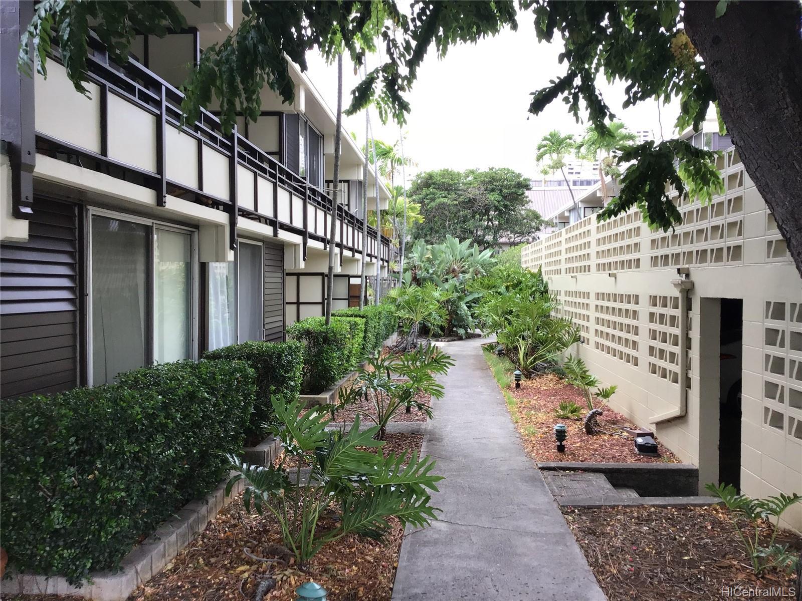 Punahou Terrace condo # C104, Honolulu, Hawaii - photo 6 of 8