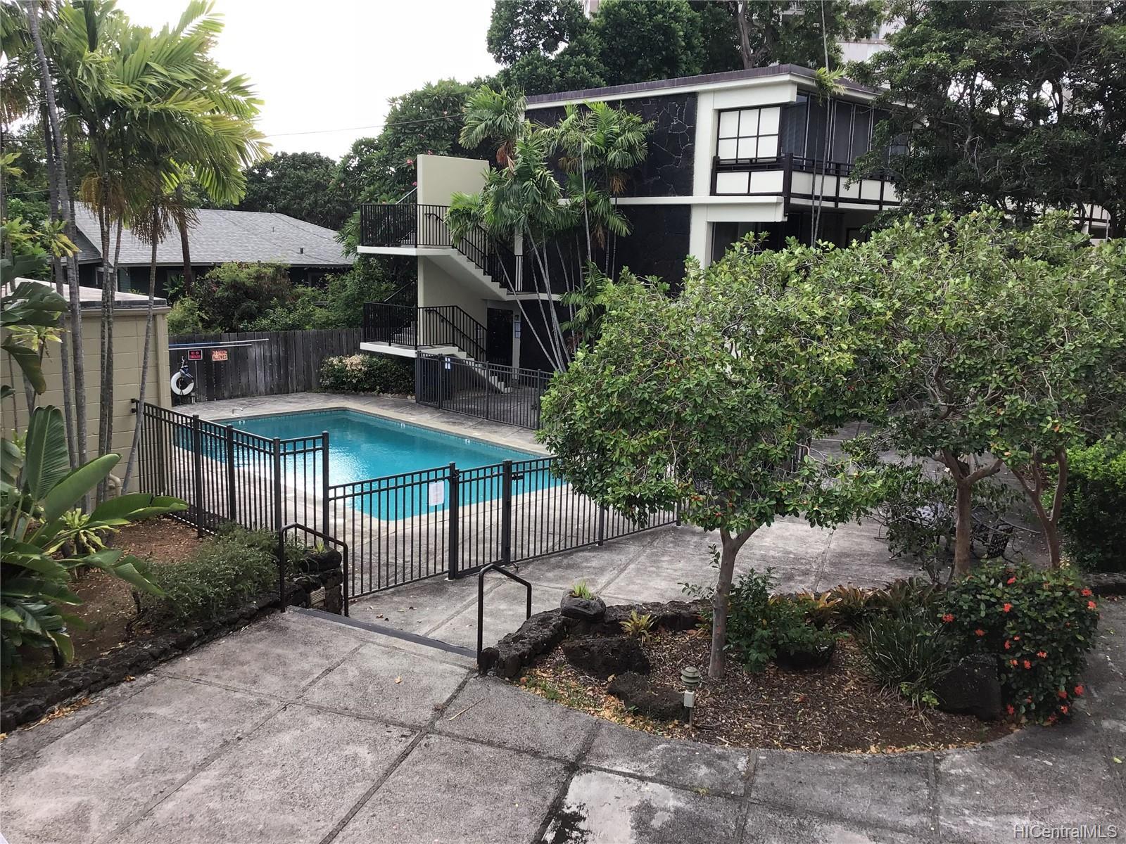 Punahou Terrace condo # C104, Honolulu, Hawaii - photo 8 of 8