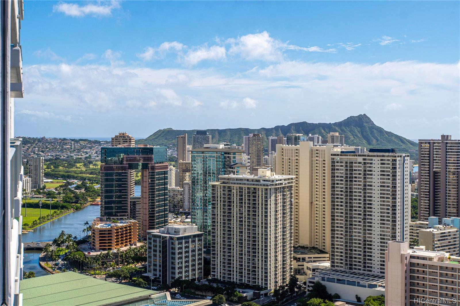Kapiolani Residence condo # 4211, Honolulu, Hawaii - photo 12 of 12