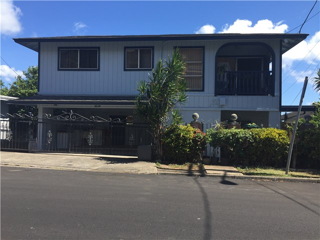 1634 Kealia Dr Kamehameha Heights, Honolulu home - photo 1 of 6
