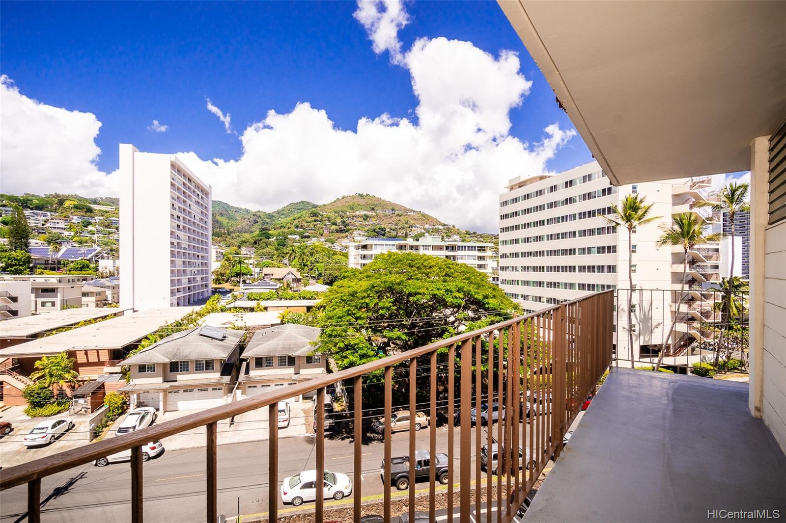 Consulate condo # 606, Honolulu, Hawaii - photo 19 of 20