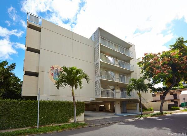 Clark Street Apts condo #P1, Honolulu, Hawaii - photo 1 of 9