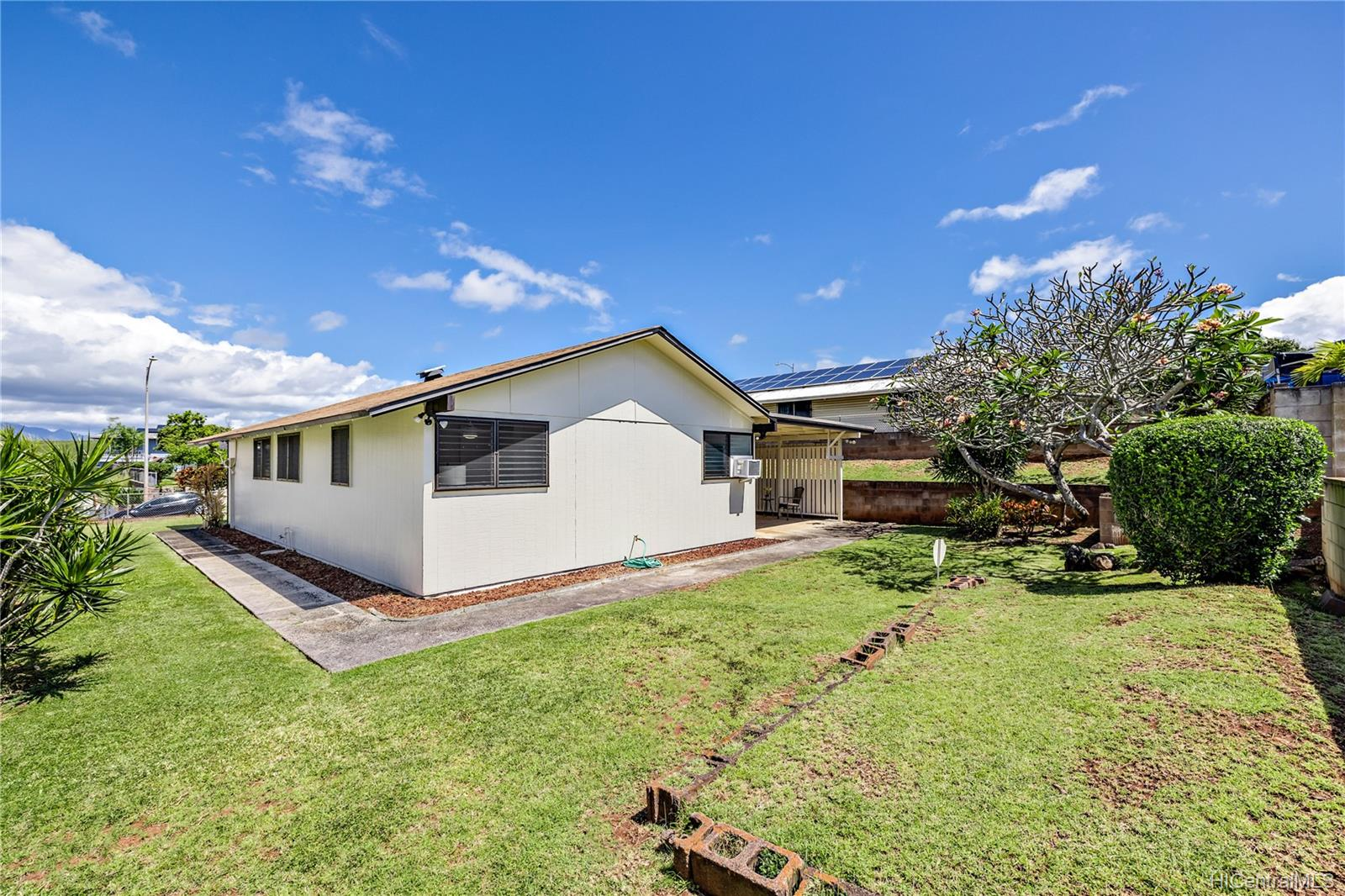 1649  Puananala Street Pearl City-upper, PearlCity home - photo 19 of 21