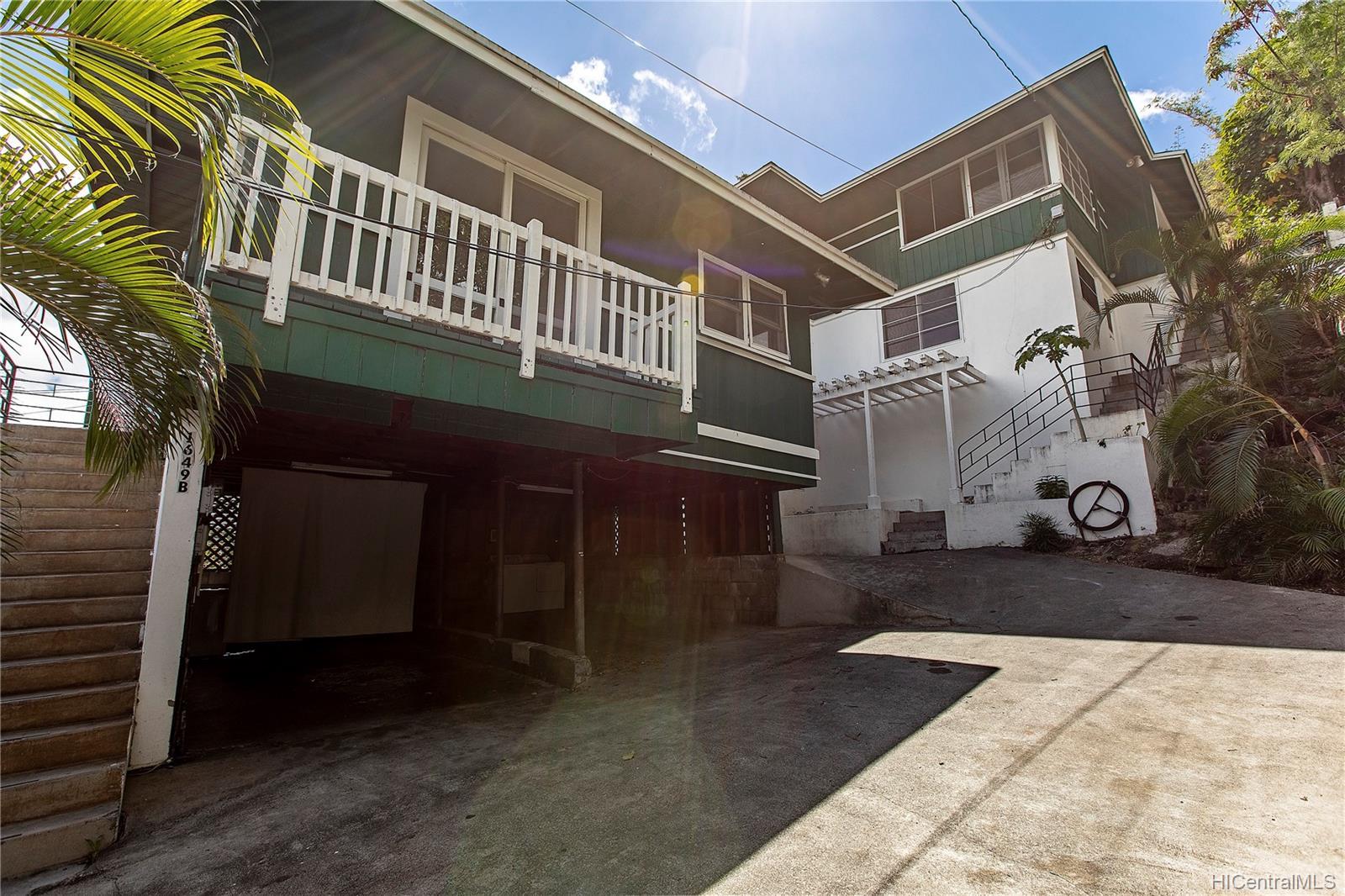 1649-A  10th Ave Palolo, Diamond Head home - photo 1 of 15
