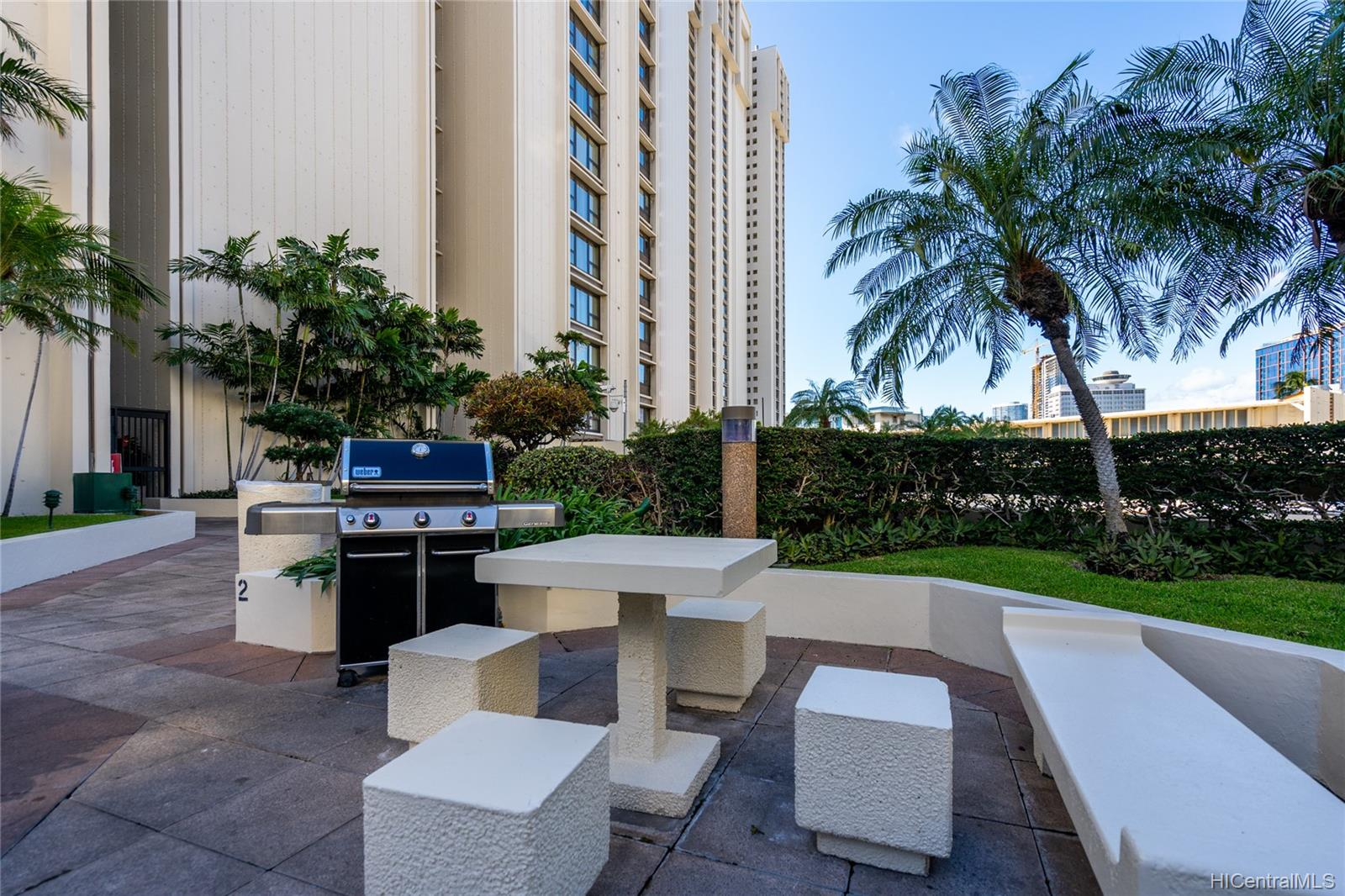 Yacht Harbor Towers condo # 603, Honolulu, Hawaii - photo 23 of 24