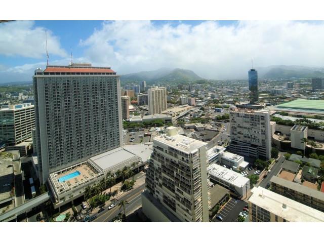 Yacht Harbor Towers condo # 3601, Honolulu, Hawaii - photo 16 of 18
