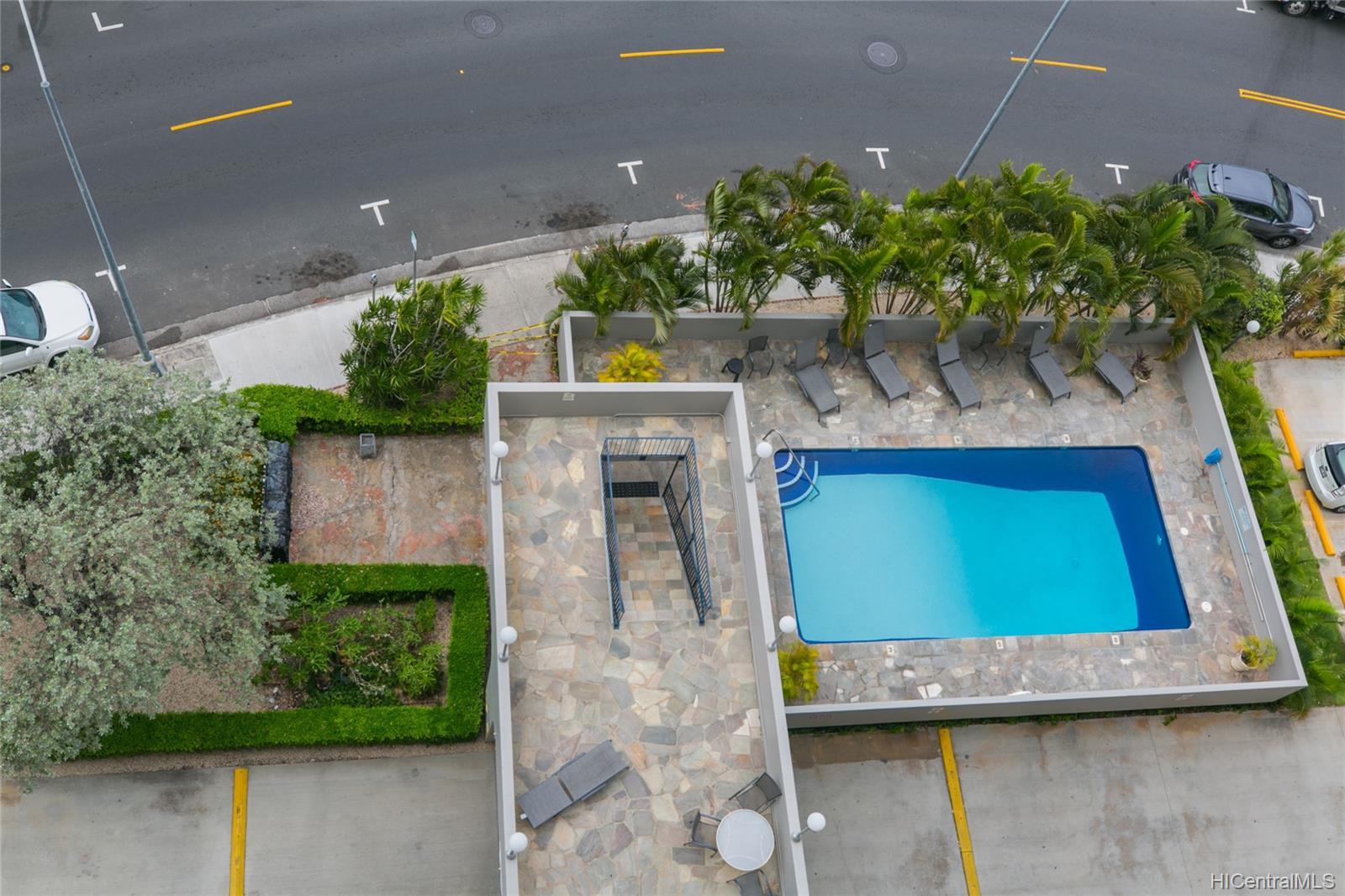 Holiday Manor condo # 1115, Honolulu, Hawaii - photo 19 of 25