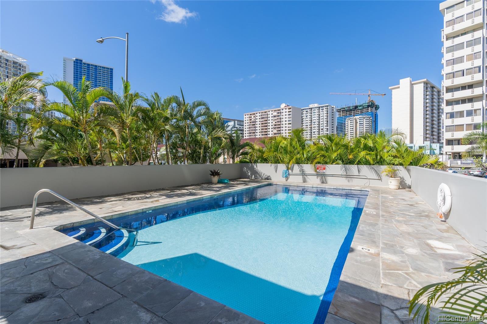 Holiday Manor condo # 209, Honolulu, Hawaii - photo 14 of 17