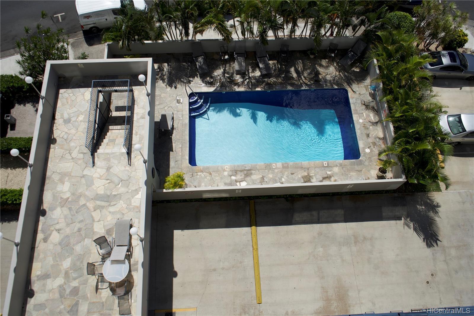 Holiday Manor condo # 807, Honolulu, Hawaii - photo 16 of 16