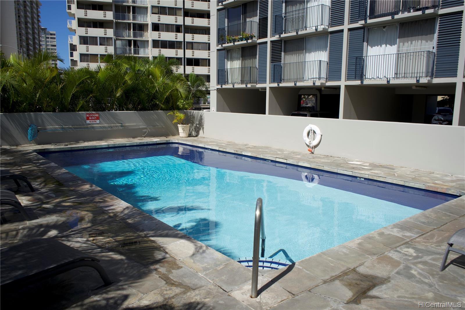 Holiday Manor condo # 807, Honolulu, Hawaii - photo 7 of 16