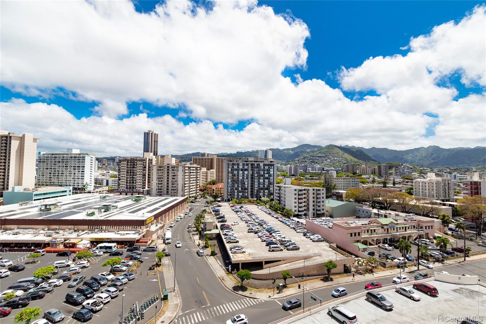Kapiolani Manor condo # 1203, Honolulu, Hawaii - photo 9 of 24