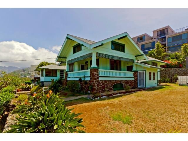 1671  Kamamalu Ave Punchbowl Area, Honolulu home - photo 1 of 25