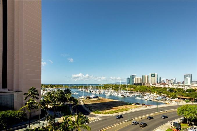 Harbor View Plaza condo # 701, Honolulu, Hawaii - photo 13 of 15