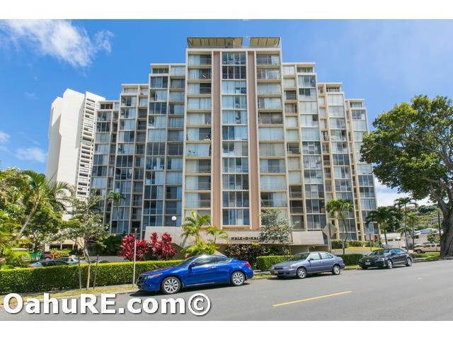 Hale O Kalani Towers condo #308, Honolulu, Hawaii - photo 1 of 25