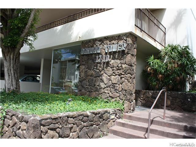 Oahuan Tower Ltd condo # 1001, Honolulu, Hawaii - photo 3 of 18