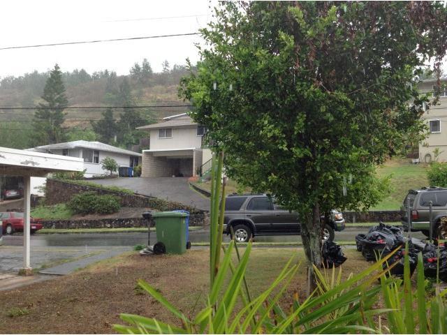 1716  Ala Amoamo St Moanalua Gardens, Honolulu home - photo 8 of 15